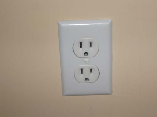 5 examples of common household electrical hazards george brazil. Black Bedroom Furniture Sets. Home Design Ideas